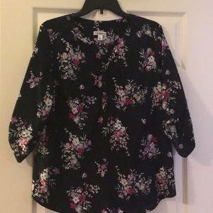 Roll tab three quarter sleeve blouse